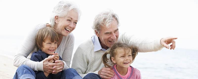 سن مناسب برای کاشت ایمپلنت دندان